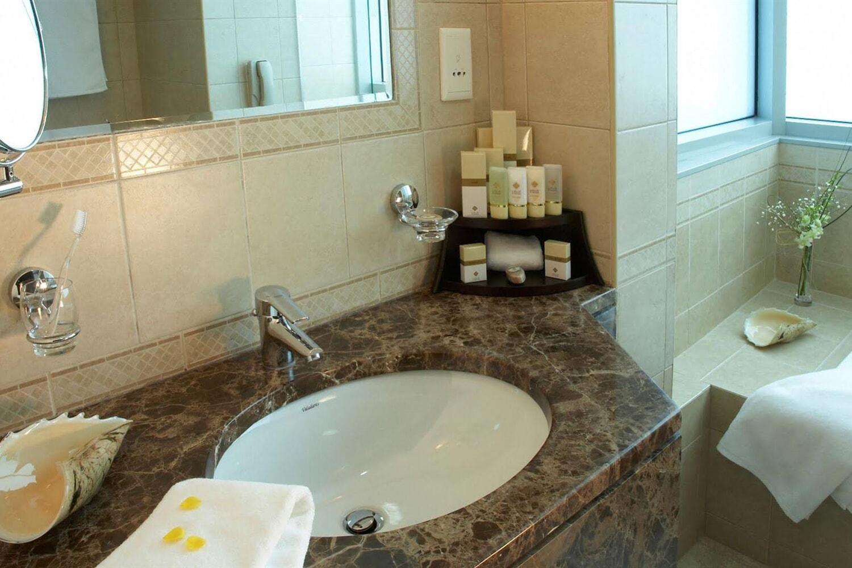 Отель Al Manzel Hotel Apartments
