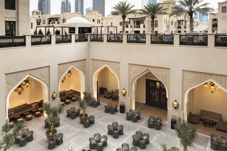 Отель Al Manzil Downtown Hotel
