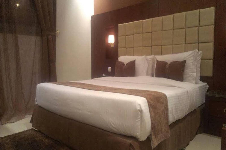 Отель Al Muhaideb Al Ahsaa Hotel