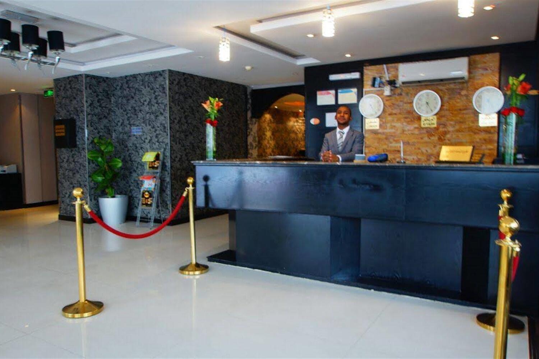 Отель Al Muhaideb Black Box Hotel Apartment