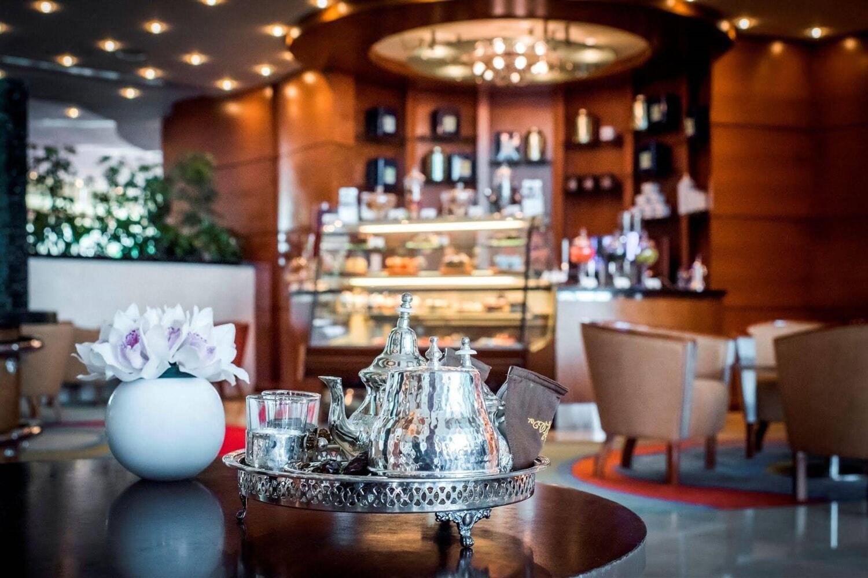 Отель Al Murooj Rotana