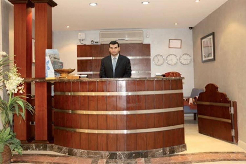 Отель Al Tandeal Palace
