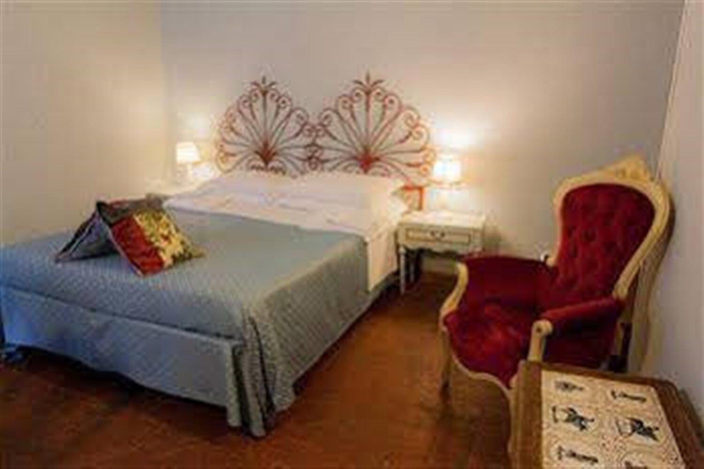 Отель Al Tuscany B&B
