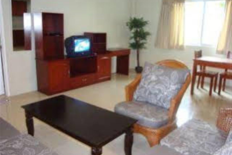 Отель Alona Studios Apartment