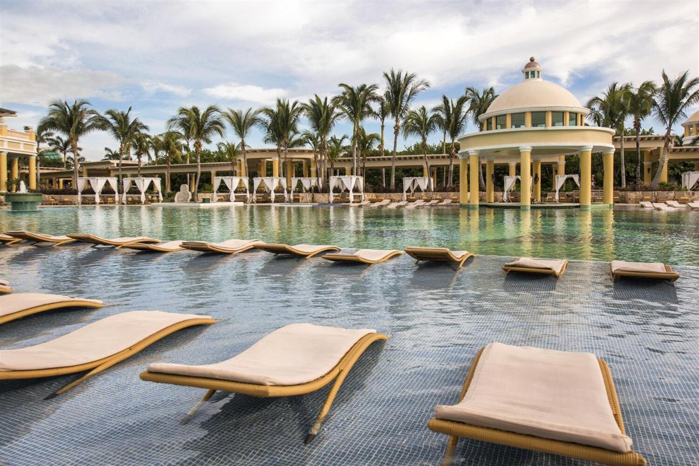 Отель Hotel Iberostar Paraiso Maya