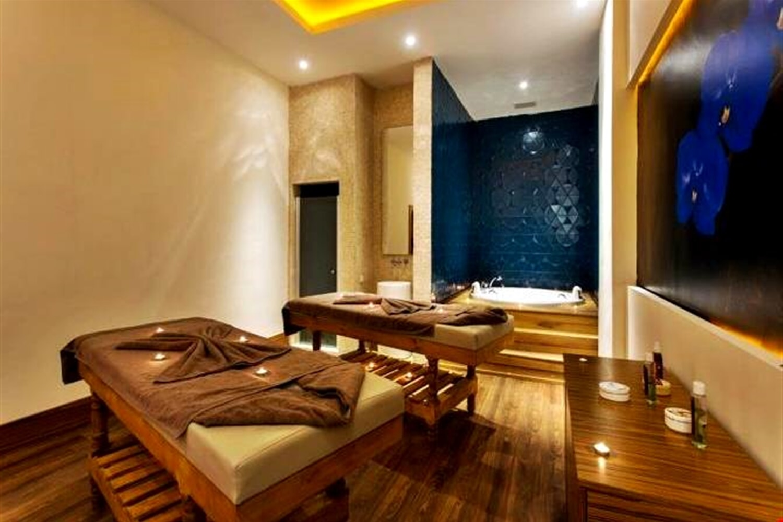 Отель Sherwood Exclusive Lara (ex. Sherwood Breezes Resort)
