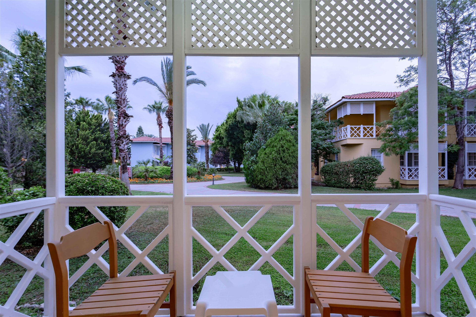 EUPHORIA PALM BEACH RESORT – Superior Club Room