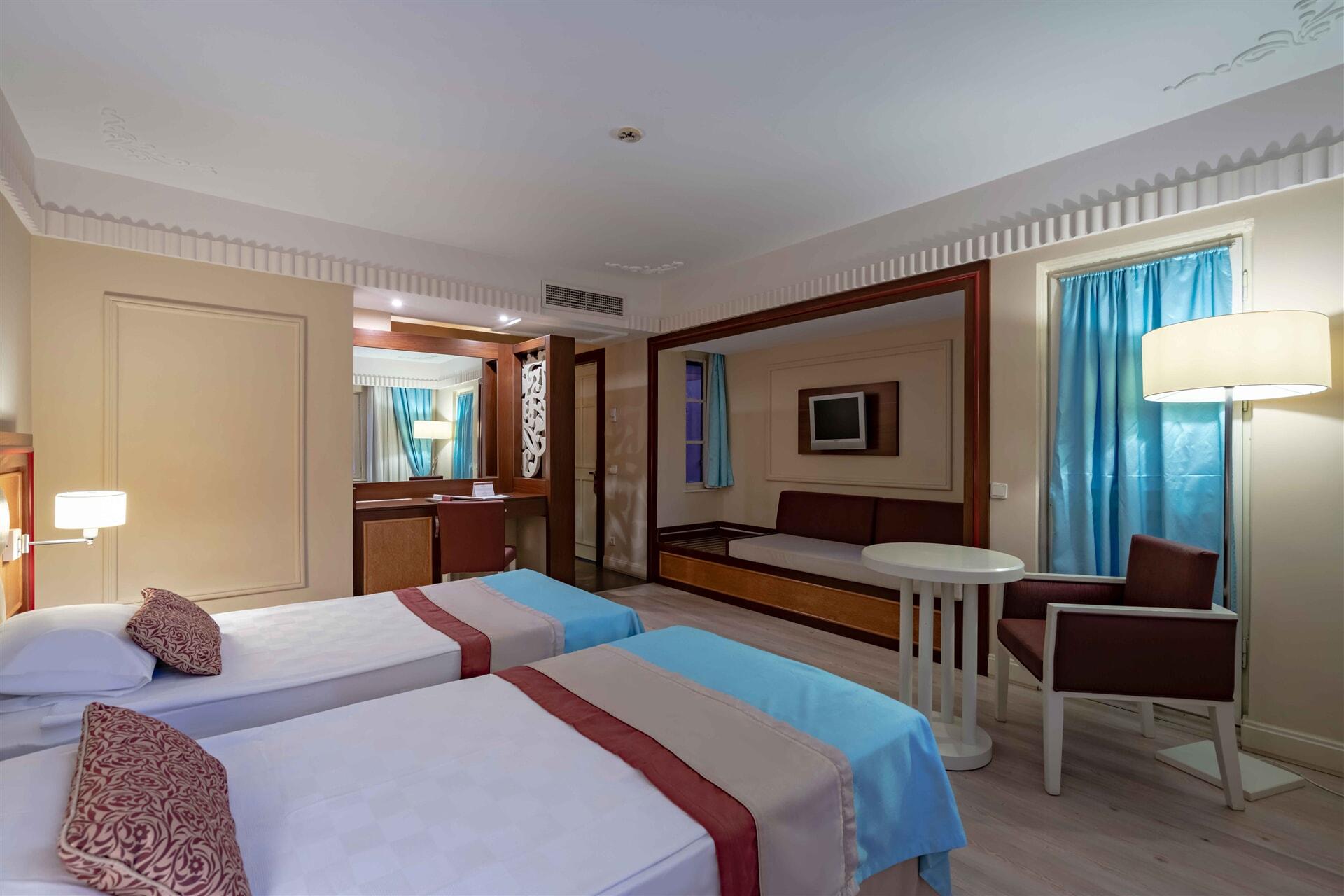 EUPHORIA TEKİROVA HOTEL – Standart Club Room