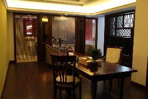 Отель @ Gallery Suites