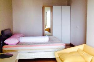 Отель 1 Bed Room @ Supalai Park Srinakarin