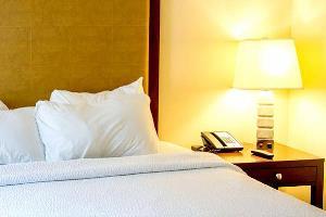Отель 1 BR Apartment Sleeps 2 - TVL 3799