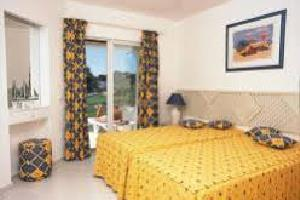 Отель 1 BR Apartment Sleeps 3 - AVA 1141