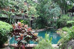 Отель 100 Islands Resort & Spa