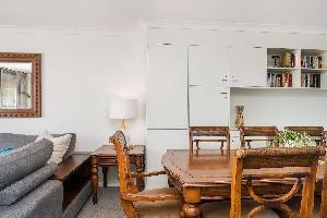 Отель 11 James Cook Apartment