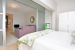 Отель 11 Portswood Mews