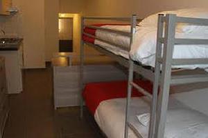 Отель 13 O'clock Hostel Ghent