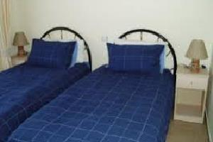 Отель 2 BR Apartment Sleeps 4 - EOT 9448