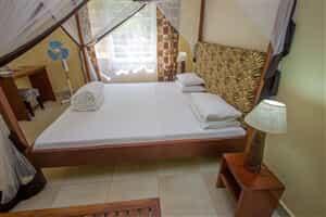 Отель 2 Friends Jinja