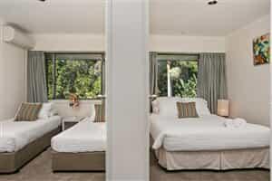 Отель 2 James Cook Apartments