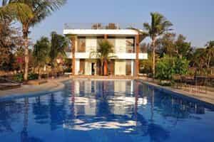 Отель 360° Beach Retreat