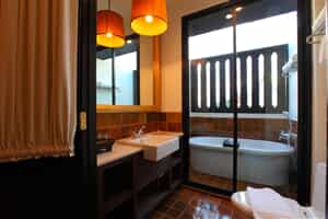 Отель 99 The Gallery Hotel