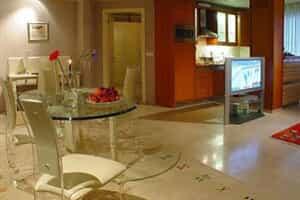 Отель Abtin Suites