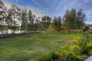 Отель Active Holidays BIG4 Lake Conjola