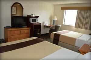 Отель Adams Inn