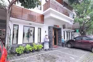 Отель Airy Keraton Yogyakarta Agus Salim