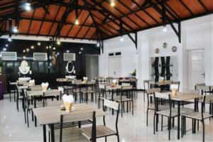 Отель Airy Mataram Pariwisata Lombok