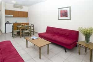 Отель Akamanthea Holiday Village