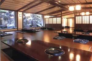 Отель Akame Onsen Kakureyu Taisenkaku