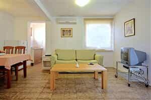 Отель Al Mare Apartments