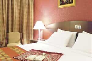 Отель Al Muna Kareem Radisson Blu