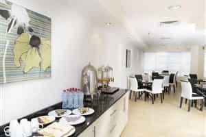 Отель Al Waleed Palace Hotel Apartments-Al Barsha