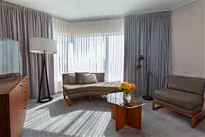 Отель InterContinental Toronto Centre Hotel