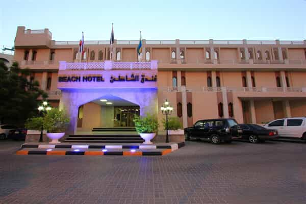 Отель Beach Hotel Sharjah