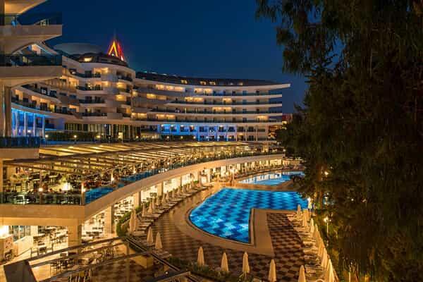 Отель Botanik Platinum Hotel