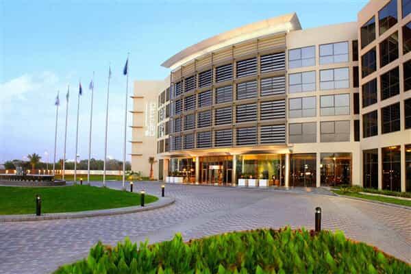 Отель Centro Sharjah