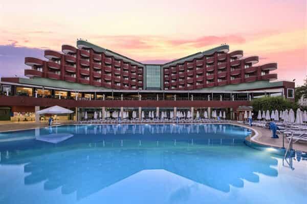 Отель Delphin Deluxe Hotel