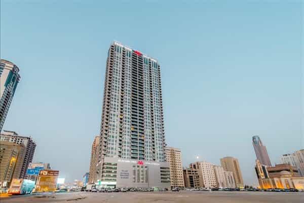 Отель Golden Sands Hotel Sharjah