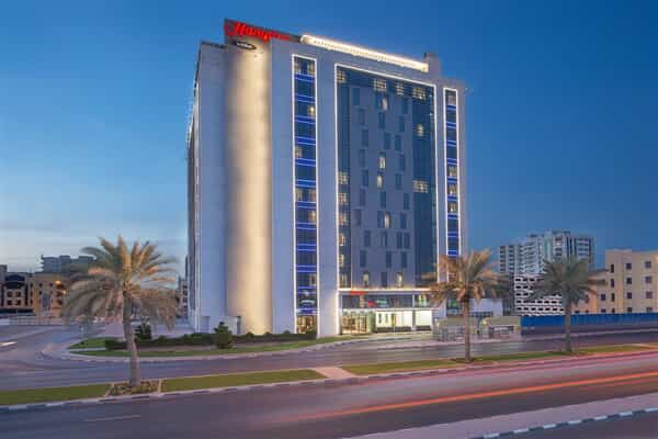 Отель Hampton by Hilton Dubai Airport