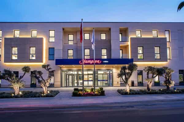 Отель Hampton by Hilton Zeytinburnu