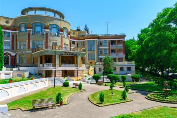 Отель им. Кирова (Кисловодск)