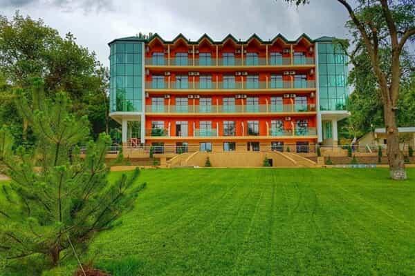 Отель Каспий (Дагестан)