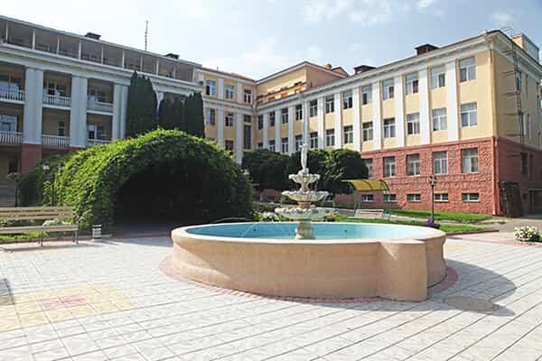 Отель Кавказ (Кисловодск)