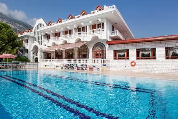 Отель Larissa Mare Beach Hotel
