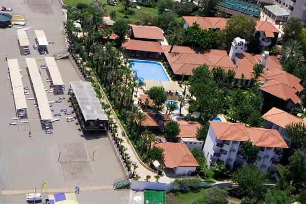 Отель Larissa Akman Park Hotel