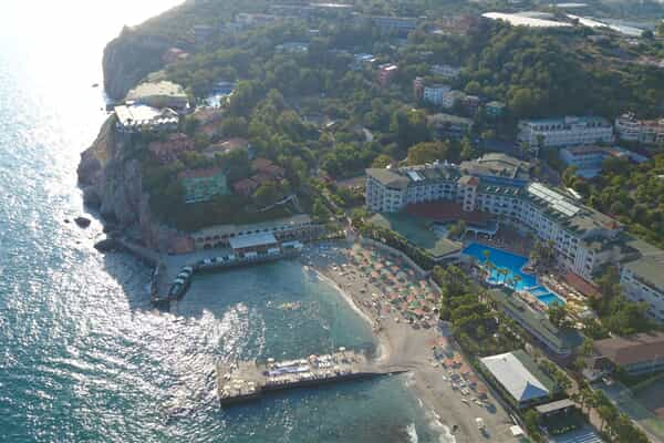 Отель Larissa Hill Beach Hotel