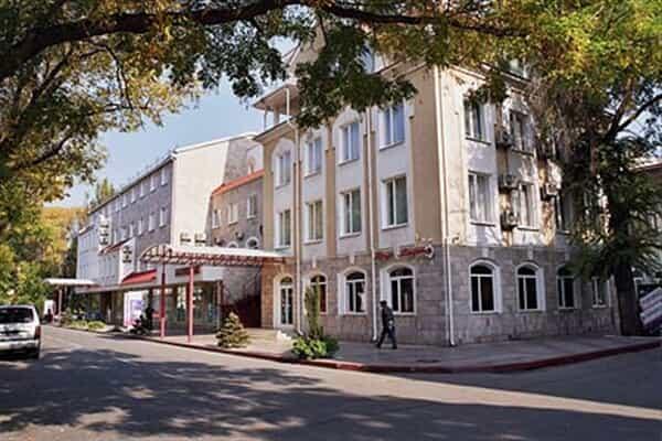 Отель Лидия